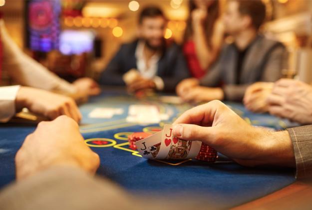 Como jogar poker na Betmaster